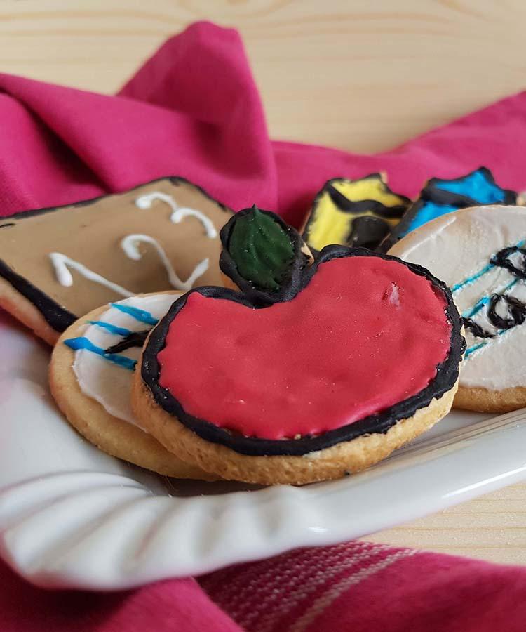 Biscotti del primo giorno per la merenda dolce degli studenti di Scuola Secondaria di I grado a cura di Gabriella Rizzo | Homework & Muffin