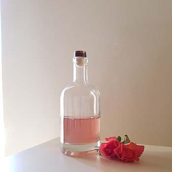 Torta ai pistacchi e mandorle con glassa all'acqua alle rose per la merenda dolce degli studenti della Scuola Secondaria di I grado | Homework & Muffin