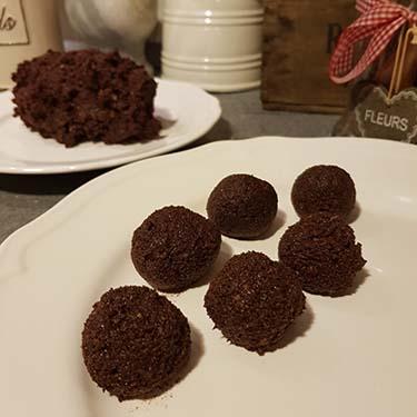 Polpette al cioccolato e arancia, merenda dolce per gli alunni della Scuola Secondaria di I grado a cura di Gabriella Rizzo | Homework & Muffin