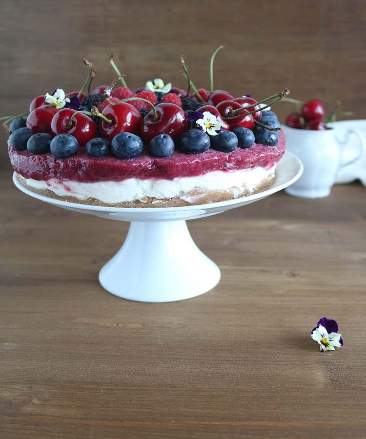 Cheesecake alle ciliegie, ricetta per la merenda dolce degli studenti della Scuola Secondaria di I grado a cura di Gabriella Rizzo | Homework & Muffin