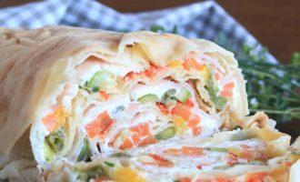 Rotolo di pane carasau, ricetta per la merenda salata per gli studenti della Scuola Secondaria di I grado | Homework & Muffin