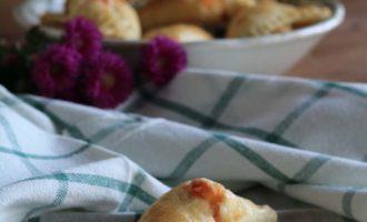 Fiadoni abruzzesi, merenda salata per bambini e ragazzi, a cura di Gabriella Rizzo | Homework & Muffin