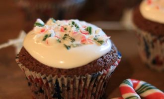 Muffin candy canes, ricetta per la merenda dolce nella terza domenica dell'Avvento, a cura di Gabriella Rizzo | Homework & Muffin