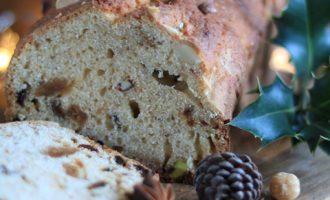 Pane speziato con frutta secca, ricetta per la merenda dolce per bambini e ragazzi a cura di Gabriella Rizzo | Homework & Muffin