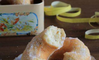Ciambelle di patate con semi di papavero, ricetta di Carnevale per la merenda dolce a cura di Gabriella Rizzo | Homework & Muffin