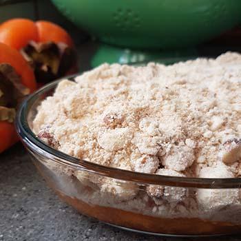 Crumble al kaki e nocciole, merenda dolce per gli studenti della Scuola Secondaria di I grado a cura di Gabriella Rizzo | Homework & Muffin